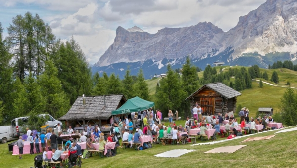 Rumestluns – Alfresco dining in a mountain hut