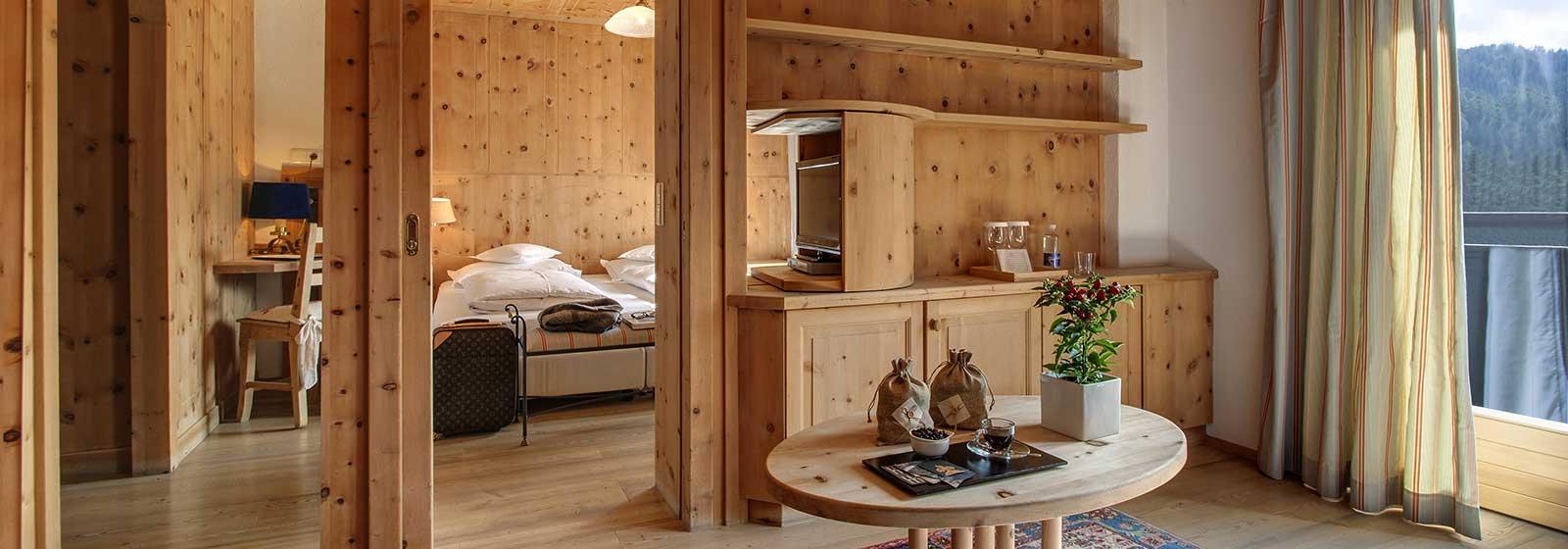 ciasa-salares-suite-suite-lavarella-tipica